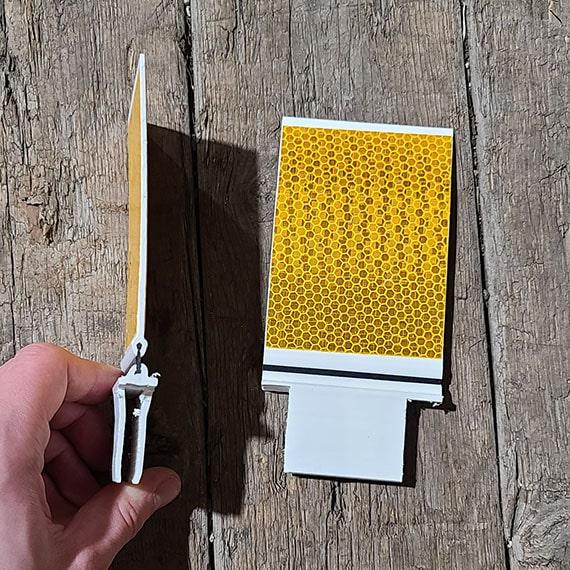 i-flex-knotched-guardrail-marker-barricades-and-signs-0001_570